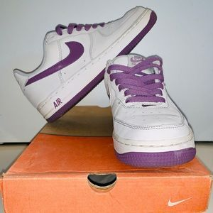 Nike Women's Air Force One. Size 7.